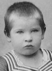 Georg Trakl i 1892. Han ser ud til at have været en sort sjæl allerede fra barnsben.