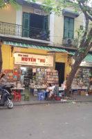 Boghandeler i Hanoi